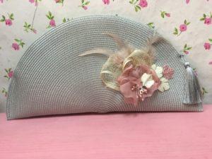 Bolso abanico gris perla